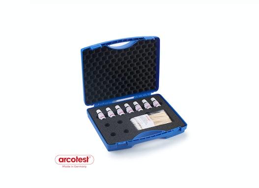 Transportkoffer für Testtinten zur Prüfung der Oberflächenspannung und Ermittlung der Oberflächensauberkeit