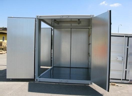 Klimaisolierter Lagercontainer in Sonderausführung (incl. stirn- sowie längsseitiger Zusatztüren)