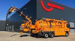 Saug-Spülfahrzeuge mit Simultanausleger für gemeinsame Führung von Saug- und Hochdruckschlauch