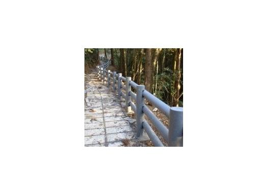 Garten- und Landschaftsbau: Zaun aus Trimax-Profilen