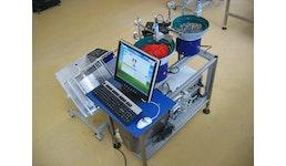Vollautomatische Verpackungsmaschine mit Zählanlage LW100 und mit zwei Wendelförderern - Lauper