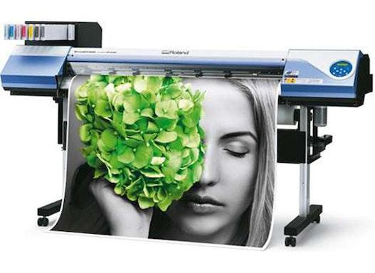 Maschinen in unserer Digitaldruckerei : ROLAND VERSACAMM VS-540I