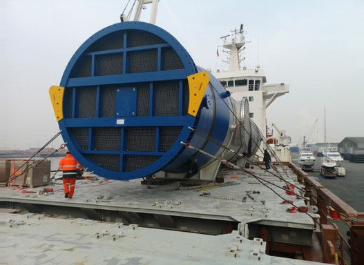Seefracht/Binnenschiff