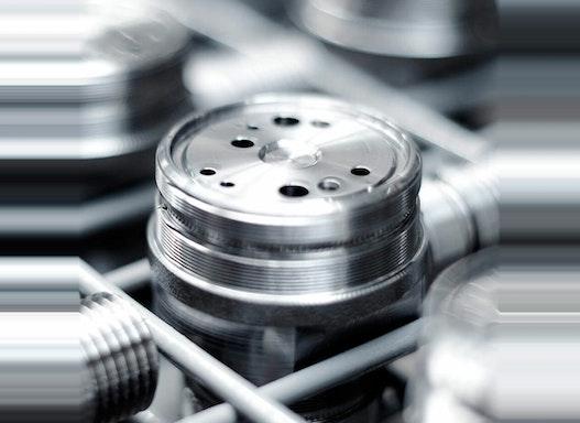 Elektrochemische Metallbearbeitung (ECM)
