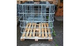 IBC Gitterbox weitmaschig auf Holzpalette #B1