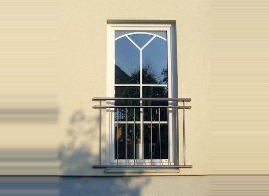Fenstergitter und Französische Balkone