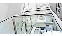 Glas- und Panoramaaufzüge innen