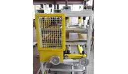 Kombinationseinheit Plattenkalibrator /Rollenabzug für Technikum-Extrudieranlagen (nach Kundenanforderungen)