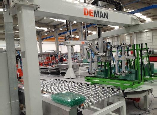 Glasbearbeitungsmaschinen