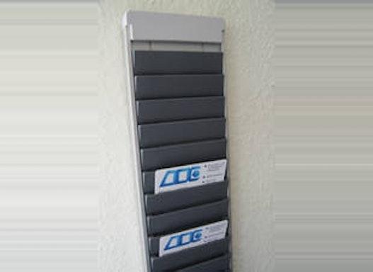 Kartenhalter aus Aluminium
