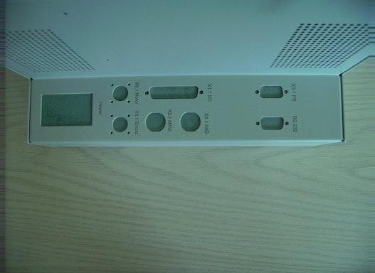 Gehäusegravur Die Lasergravur ist die modernste Graviertechnik. Lasergravuren sind sehr dauerhaft und werden daher zur f
