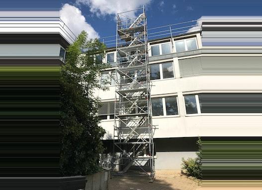 Treppenturm / Bauaufzug