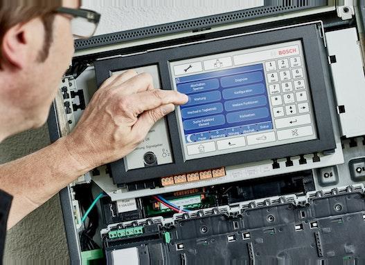 Brandmeldezentrale Bosch FPA 1200 / 5000