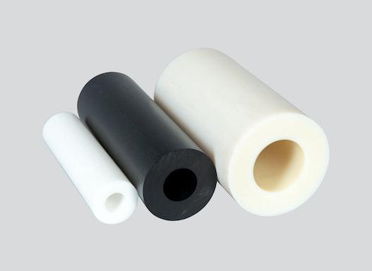 Rohre und Hohlstäbe aus Kunststoff