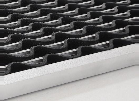 Lamellenmatte aus Gummi und Aluminium