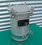 Edelstahlbehälter + Rohrleitungsbauteile aus Edelstahl