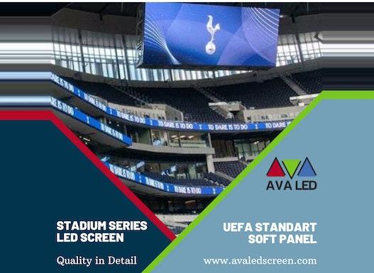 Stadion-Werbetafeln und Informationsanzeigen
