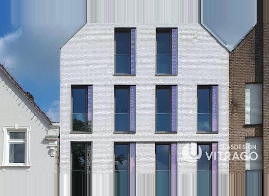 Fassade, Fassadenelemente, Fassadenplatten aus Glas - Glasfassade nach Maß mit Wunsch-Motiv und LED-Beleuchtung