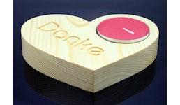 Deko-Herz für Maxiteelicht aus Fichtenholz