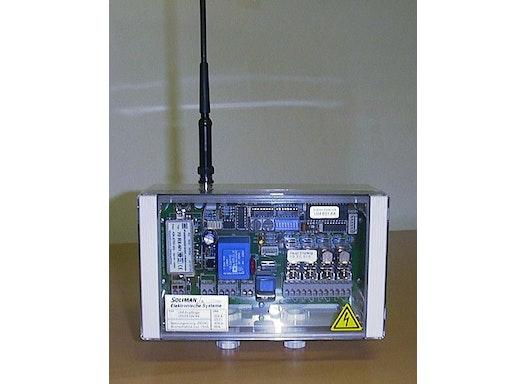 4-Kanal-UHF-Empfänger, kaskadierbar, Prozessortechnik