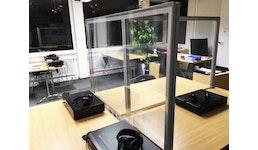 Hochtransparente Schreibtisch-Trenner mit 2 Tischklemmen zur einfachen Montage