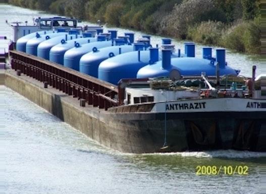 Behälter für die Wasseraufbereitung
