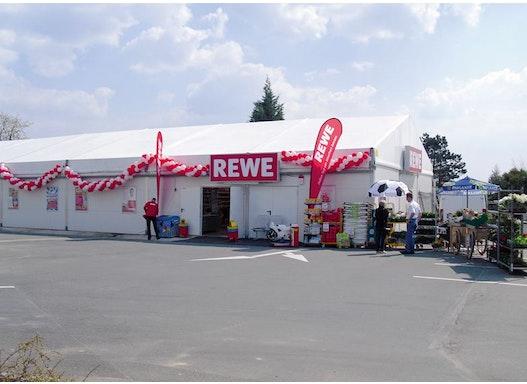 Verkaufs- & Ausstellungshallen