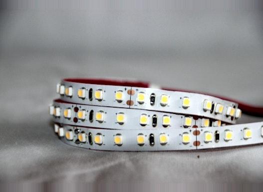 LED Stripe 9,6W warmweiß 120LED/m (5 Meter)