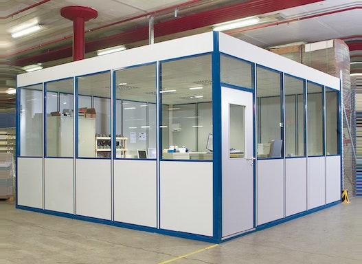 Hallenbüro, Meisterbüro und Betriebsbüro – Ruhezone in lauter Umgebung