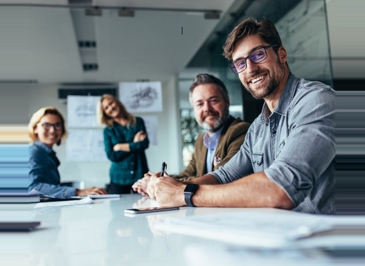 Arbeitnehmerüberlassung - zemicontrol professional GmbH