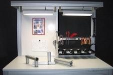 Montagetisch mit Beleuchtung, Magnetwand, Werkzeugbereitsstellung