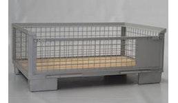 Gitterbox halb hoch mit ganzer Klappe an Längsseite, Holzboden