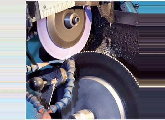 Master Fluid Solutions - TRIM E806